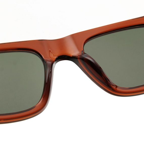 Unisex Akjaerbede Fine zonnebril kleur bruin met groene glazen AKsunnies bril
