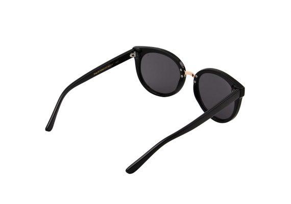 A.Kjaerbede zonnebril model Gray kleur zwart met grijze glazen AKsunnies bril