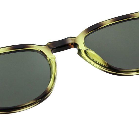 unisex Akjaerbede BATE zonnebril kleur groen gevlekt met groene glazen AKsunnies bril