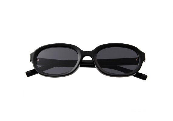 unisex Akjearbede BOB zonnebril kleur zwart met zwarte glazen AKsunnies bril