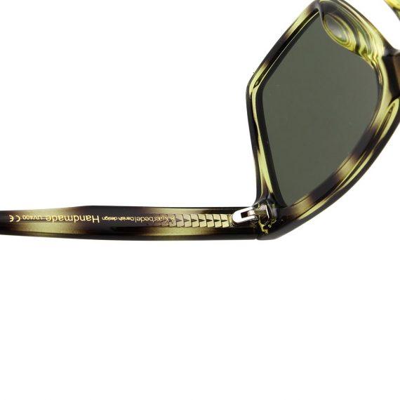 A.Kjaerbede zonnebril model CLAY kleur groen gevlekt met groene glazen AKsunnies bril