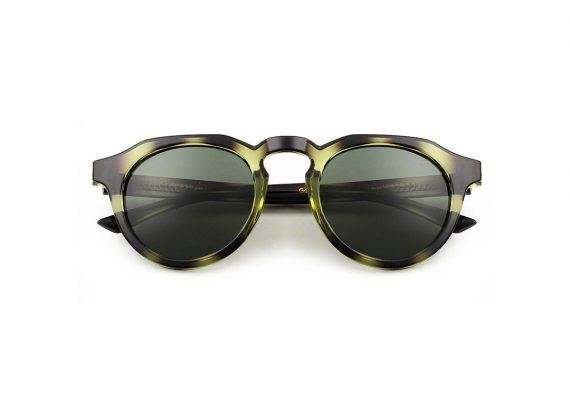 A.Kjaerbede zonnebril model George kleur groen gevlekt met groene glazen AKsunnies bril