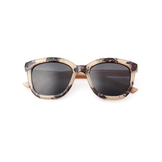 A.Kjaerbede zonnebril model BILLY kleur hoorn met grijze glazen AKsunnies bril sunglasses Akjaerbede eyewear