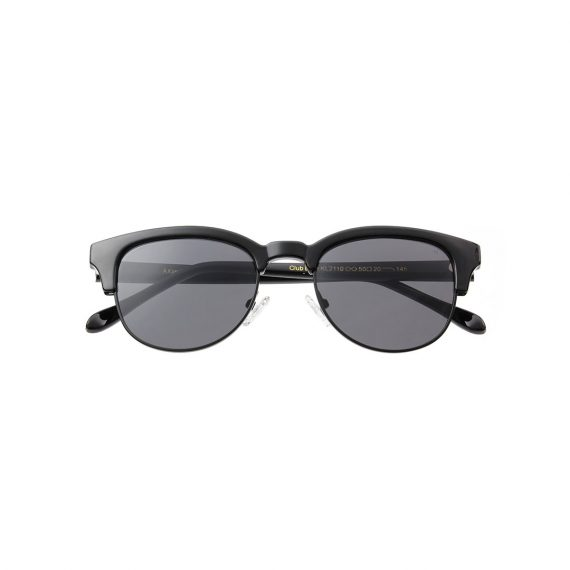 A.Kjaerbede zonnebril model CLUB BATE kleur zwart met grijze glazen AKsunnies bril sunglasses Akjaerbede eyewear